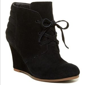[dolce vita] leather suede wedge bootie
